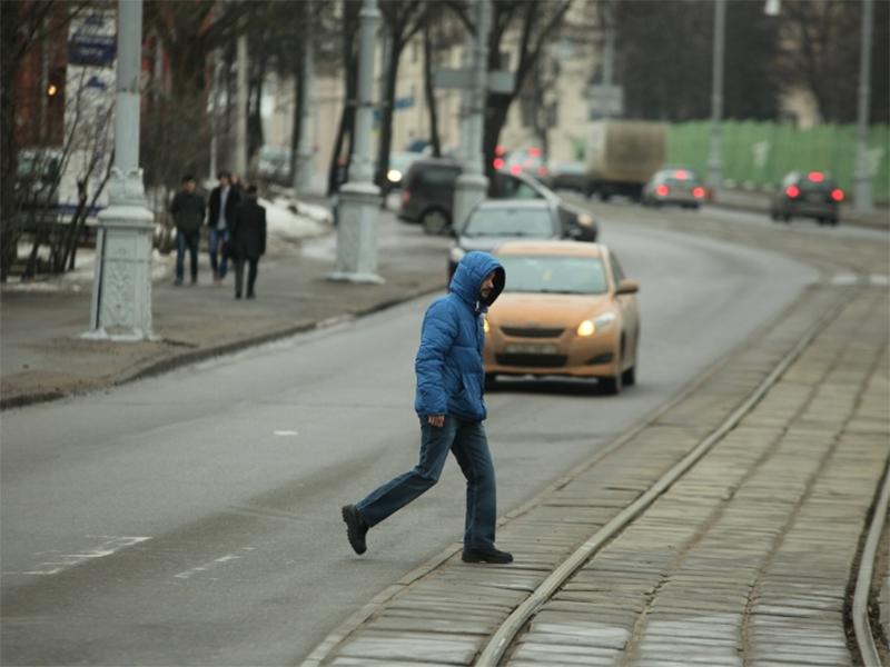 Нарушителей дорожных правил в Херсоне наказывают побоями