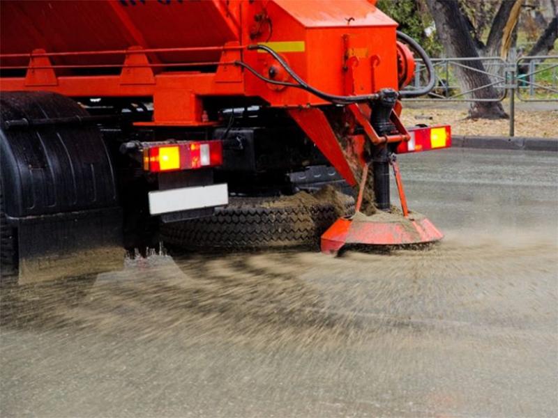 Херсонское коммунальное предприятие закупит песок на зиму