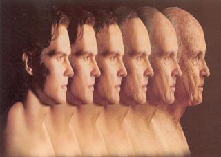 Вчені визначили пік людського життя та вік, з якого починається старіння