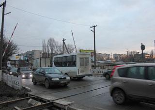 Самый проблемный в Херсоне участок дороги расширят на 2 метра
