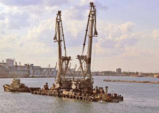 На Херсонщині викрито фіктивний ремонт плавучого крану