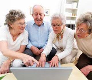 Нужен ли компьютер пожилым людям?
