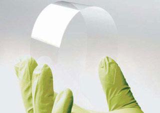 Новое стекло можно сматывать в рулоны