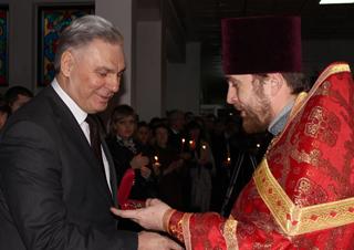 Виктор Пелых помолился за студентов