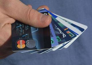 Популярность банковских карт набирает обороты