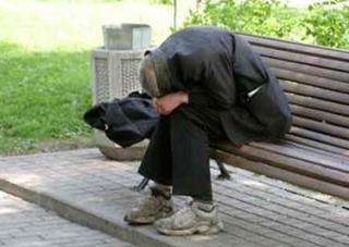 Депутаты отправляют на выборы  бездомных