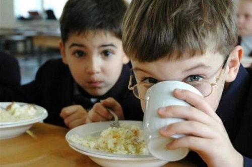 Херсонський мер прокоментував дороге харчування в школах