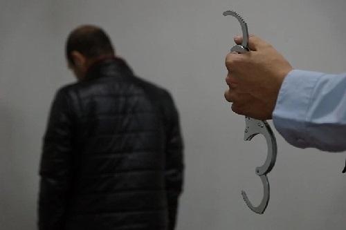 Отца, изнасиловавшего 14-летнюю дочь, взяли под стражу