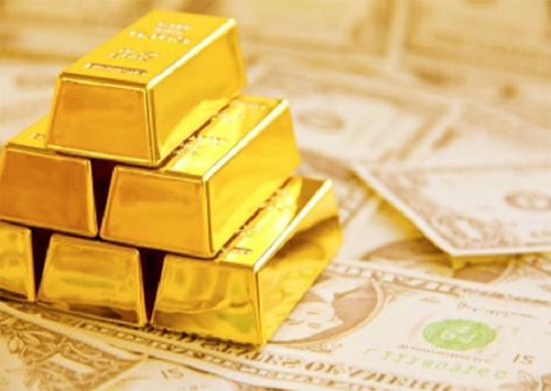 Золотовалютных запасов все меньше и меньше