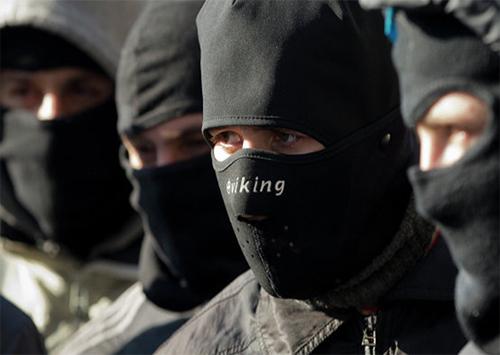 На Херсонщине орудуют преступники под видом активистов «Правого сектора»