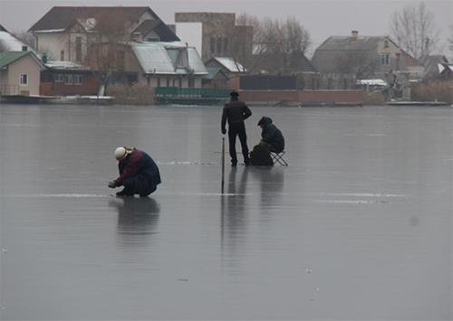 Херсонцы испытали лед на прочность