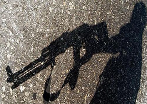 Одинокий автоматчик перепугал селян на Херсонщине