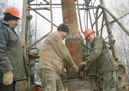 «Нефтяная» скважина в центре города