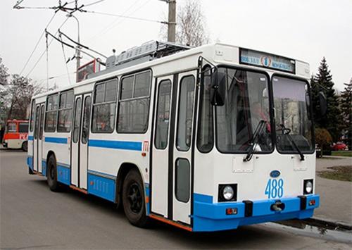 Херсонские троллейбусы «переобуют»