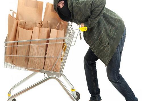 Некоторые херсонцы воруют в магазинах