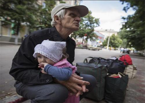 Переселенців із зони АТО вже майже 50 тисяч