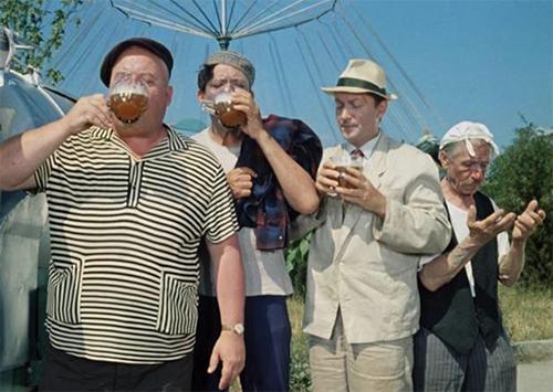Губит людей не пиво…