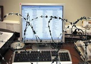 Медіа-організації засуджують наміри влади знищити незалежну журналістику в Україні