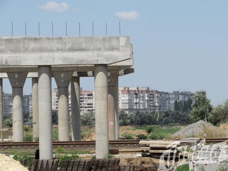 Херсонский мостопереход: две стороны медали