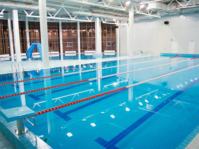 В Херсонському виші з'явиться власний басейн