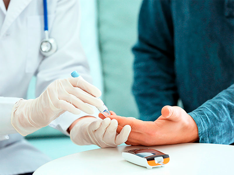 Херсонські матері просять про допомогу хворим на цукровий діабет