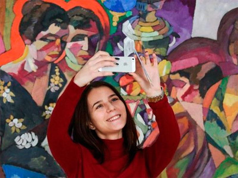 Херсонський художній музей залучає до прекрасного
