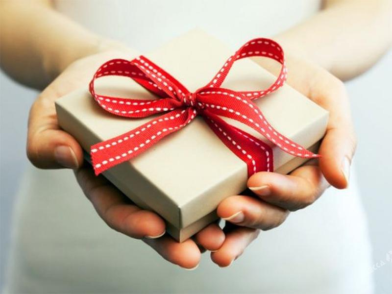 Как выбрать подарок человеку, у которого все есть?