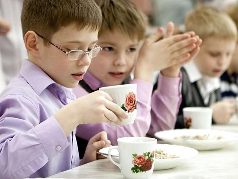Діти-переселенці харчуватимуться у навчальних закладах безкоштовно