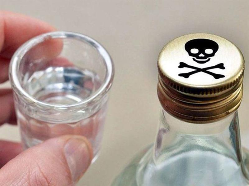 Коллективное отравление спиртным в Херсоне