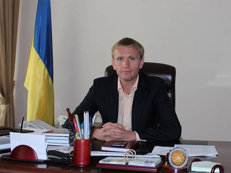 Андрій Євстратов: Генічеське медучилище продовжує функціонувати в новому статусі у звичайному режимі