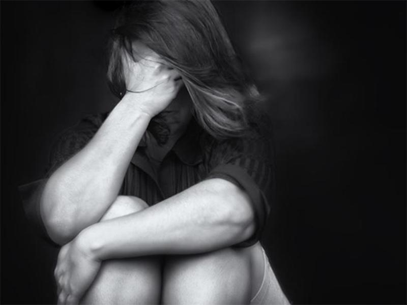 Юная мама на Херсонщине новорожденного спрятала в шкафу