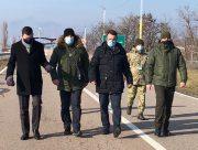Посол Латвии побывал на админгранице с оккупированным Крымом