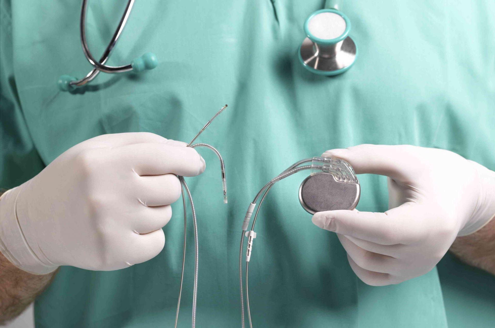 На Херсонщине срывают закупки спасительных приборов для сердца