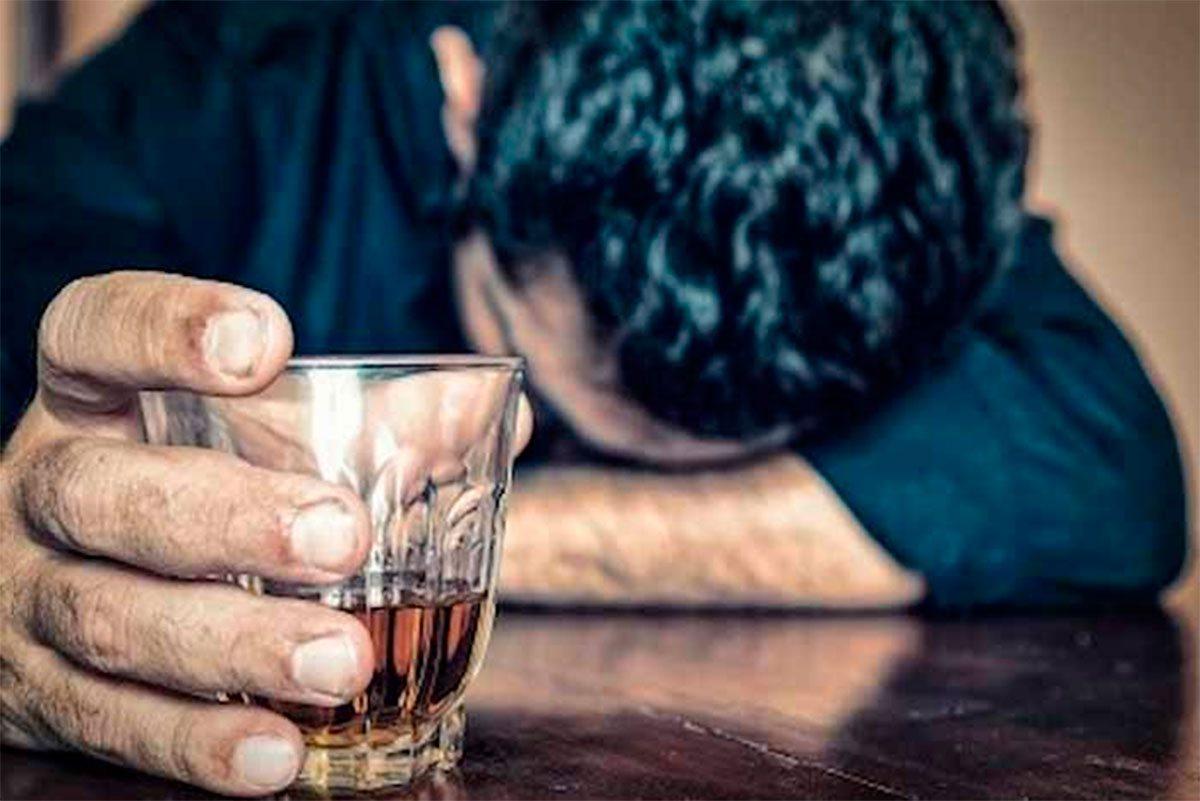 На Херсонщине девушка обокрала мужчину в сельском баре