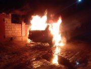 В пригороде Херсона автомобиль сгорел дотла