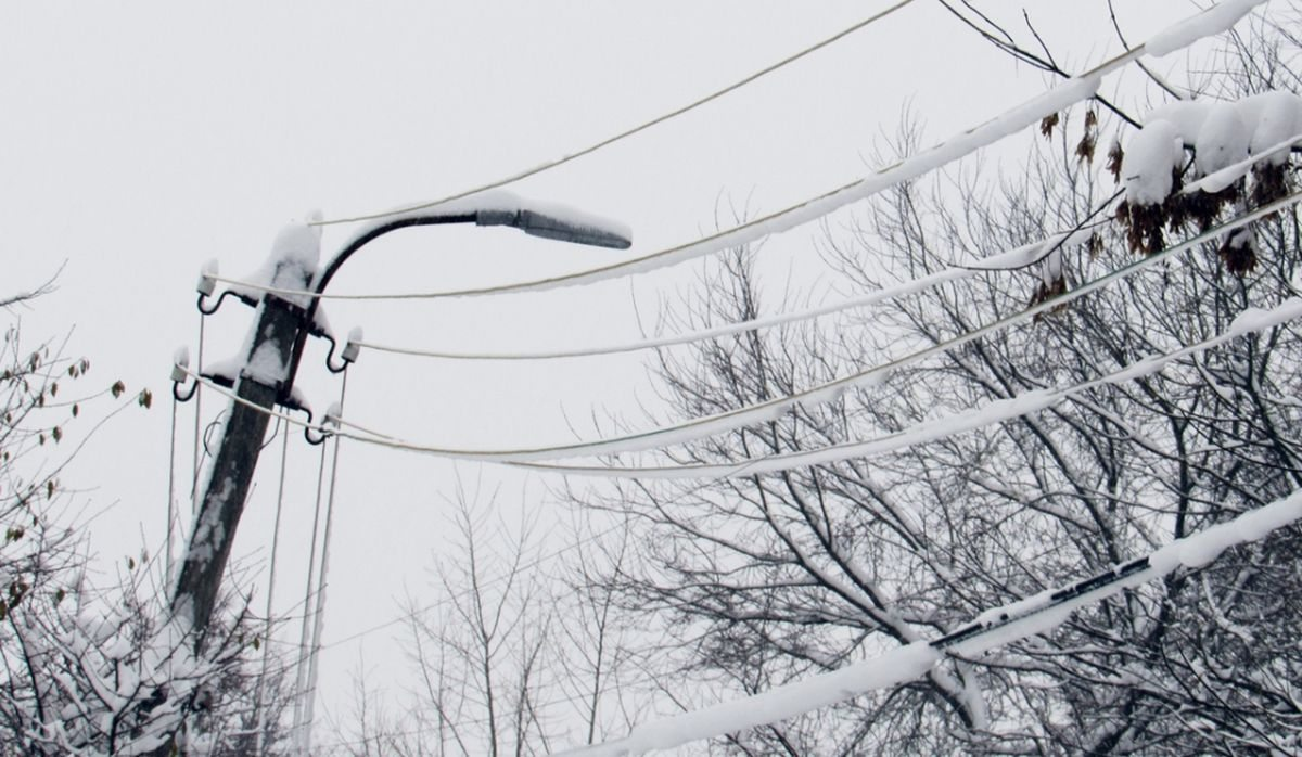 Пригород Херсона остался без света из-за аварии