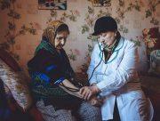 На Херсонщине спасли сельчанку после череды несчастных случаев