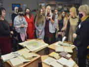 В херсонской библиотеке прошла встреча женщин-предпринимательниц
