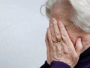 В Херсоне полицейские составили админпротокол на женщину, которая оскорбляла слепую свекровь