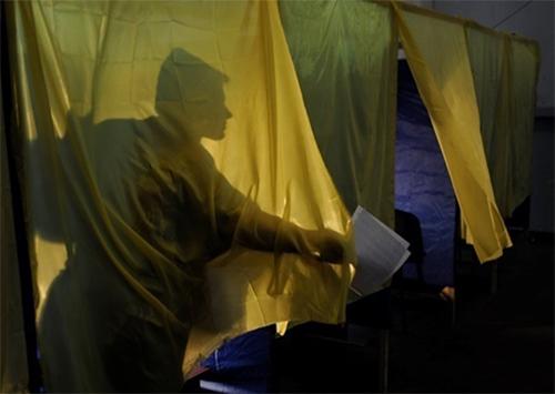 Приметы демократических выборов на Херсонщине: подкуп, насилие, пьянство