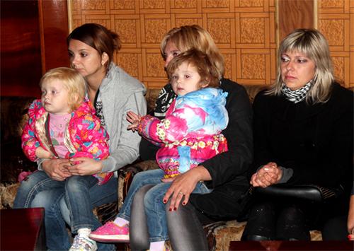 Дітей біженців у школах Херсона годуватимуть коштом громади