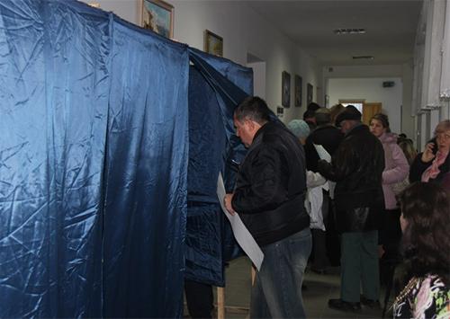 Явка виборців на Херсонщині за годину до закриття дільниць