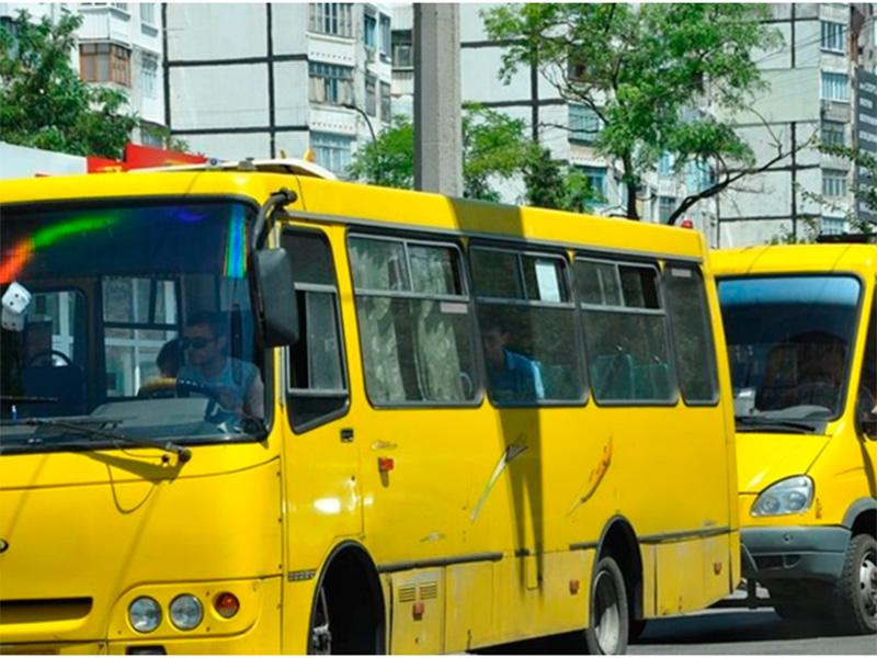 Проблемами перевезення пасажирів у Херсоні ніхто не переймається