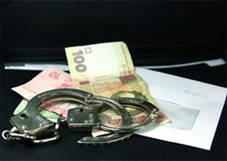 За матеріалами СБУ на Херсонщині засуджено податківця - здирника