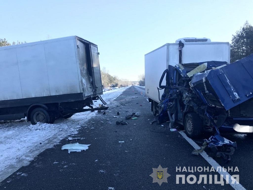 Херсонская полиция выясняет обстоятельства смертельной аварии в Олешковском районе