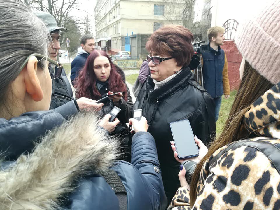В Херсоне у здания областной ТРК состоялась акция журналистов