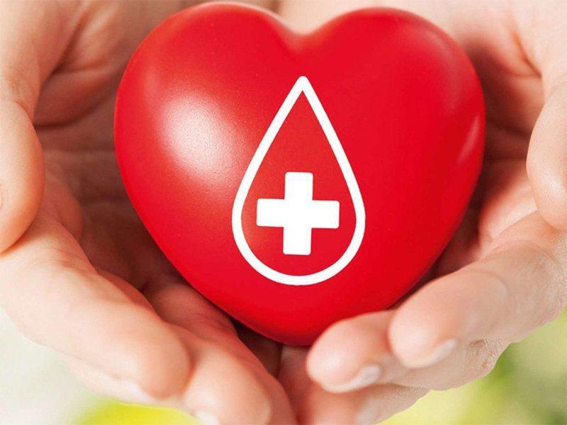 Херсонців запрошують здати кров в обмін на подарунки