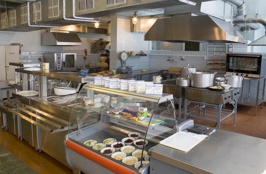 В Херсонській області встановлюють нове обладнання в їдальнях районних шкіл та дітсадків