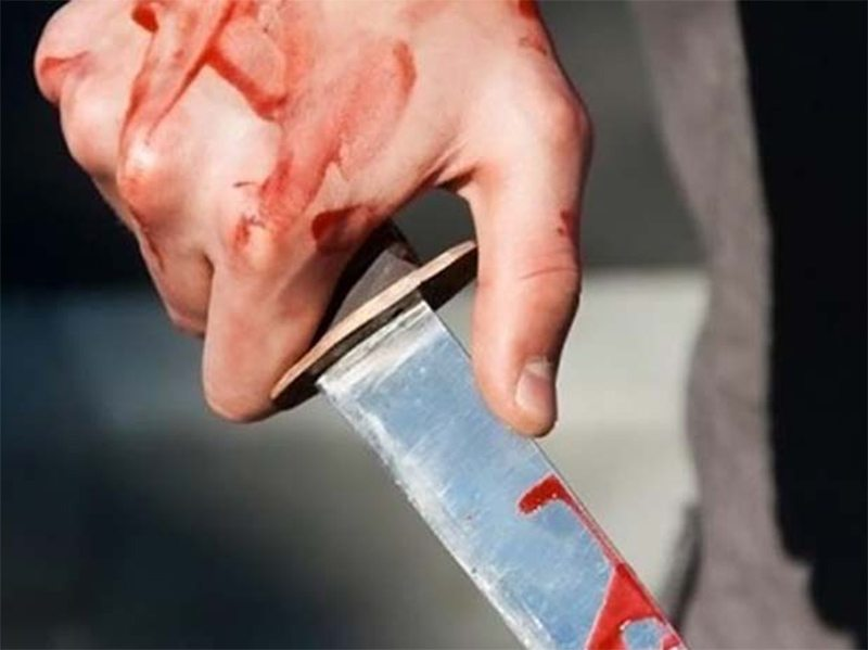 Каховчанина изрезали ножом за нецензурную лексику