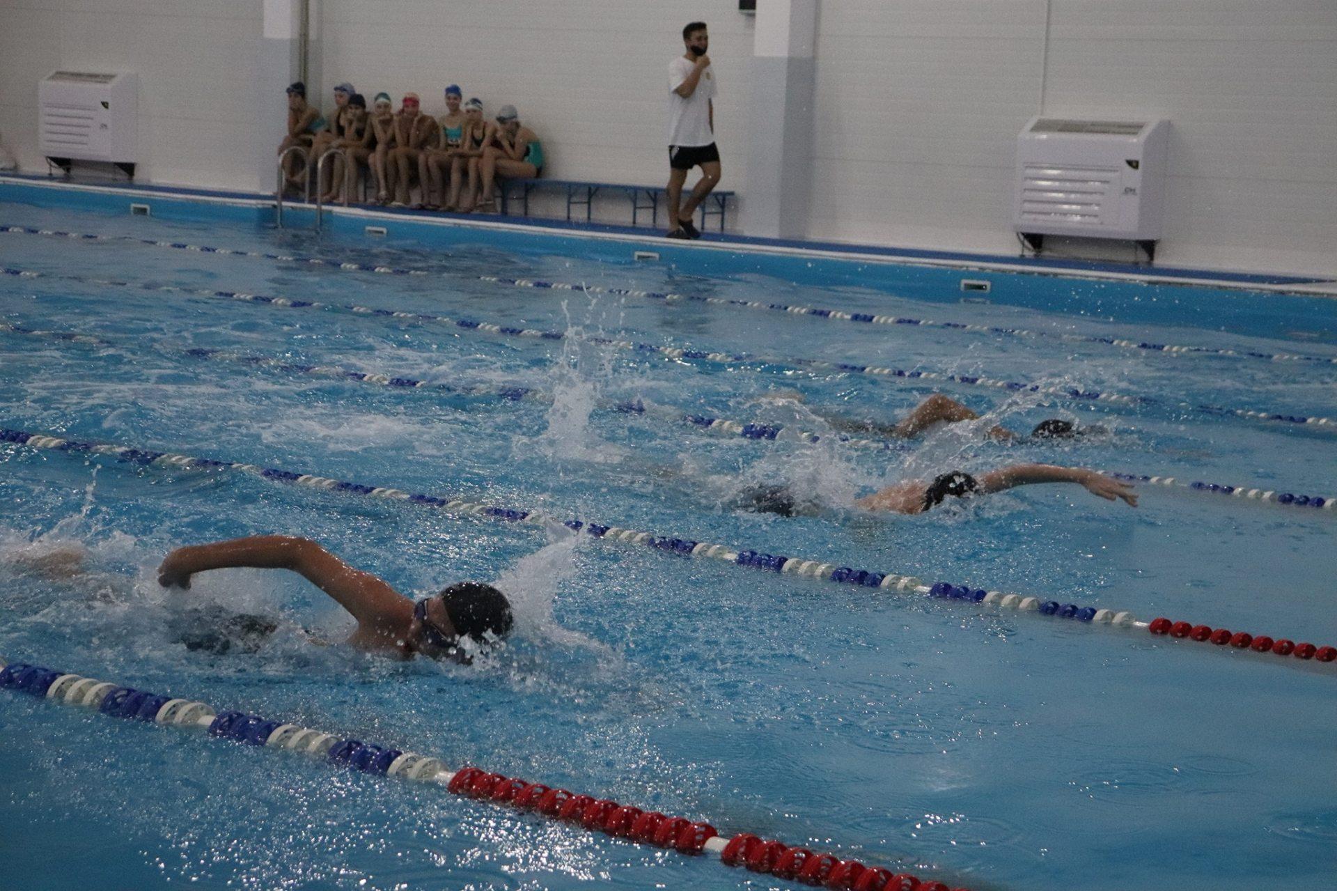 ХДУ, плавання, басейн